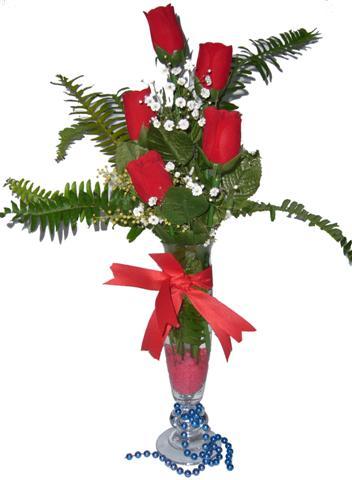 Erzincan 14 şubat sevgililer günü çiçek  5 adet kirmizi gül ve cam tanzim