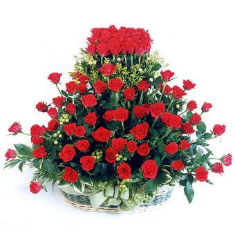 Erzincan internetten çiçek siparişi  41 adet kirmizi gülden sepet tanzimi