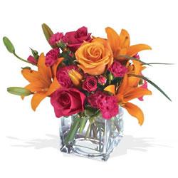 Erzincan çiçek mağazası , çiçekçi adresleri  cam yada mika Vazo içerisinde karisik mevsim çiçekleri