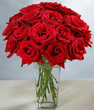 Erzincan online çiçekçi , çiçek siparişi  Sevdiklerinize özel ürün 12 adet cam içerisinde kirmizi gül  Erzincan güvenli kaliteli hızlı çiçek