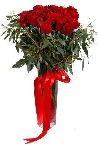 15 adet kirmizi gül cam vazo içerisinde  Erzincan çiçek yolla , çiçek gönder , çiçekçi