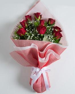 9 adet kırmızı gülden buket  Erzincan çiçek servisi , çiçekçi adresleri