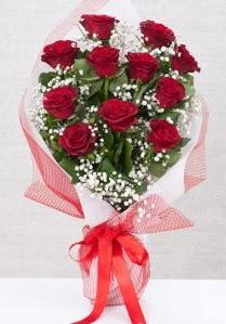 11 kırmızı gülden buket çiçeği  Erzincan ucuz çiçek gönder