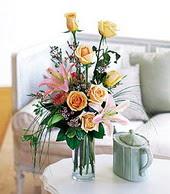 Erzincan çiçek mağazası , çiçekçi adresleri  cam yada mika vazo içerisinde gül kazablanka