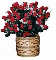 yapay kirmizi güller sepeti   Erzincan internetten çiçek siparişi