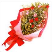 12 adet renkli  gül buketi   Erzincan yurtiçi ve yurtdışı çiçek siparişi