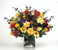 vazoda karisik  çiçekler  çiçekligi   Erzincan 14 şubat sevgililer günü çiçek