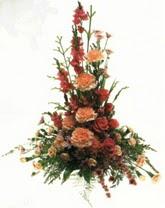 klasik aranjman çiçegi   Erzincan hediye sevgilime hediye çiçek