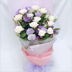 Erzincan çiçek yolla , çiçek gönder , çiçekçi   BEYAZ GÜLLER VE KIR ÇIÇEKLERIS BUKETI