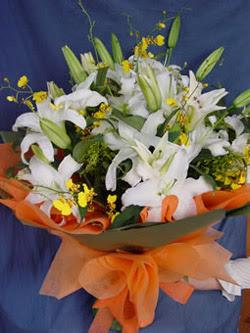 Erzincan çiçek yolla , çiçek gönder , çiçekçi   5 ADET KAZABLANKA BUKETI KALITEDEN SASMAYANLARA