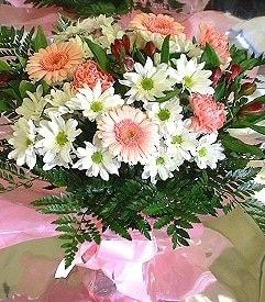 Erzincan güvenli kaliteli hızlı çiçek  karma büyük ve gösterisli mevsim demeti