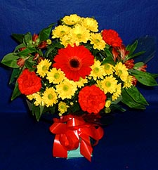 Erzincan kaliteli taze ve ucuz çiçekler  sade hos orta boy karisik demet çiçek