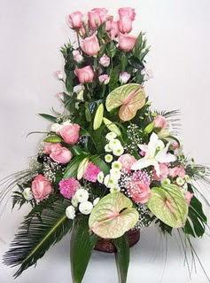 Erzincan kaliteli taze ve ucuz çiçekler  özel üstü süper aranjman