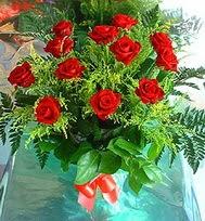 12 adet gül buketi  Erzincan hediye çiçek yolla