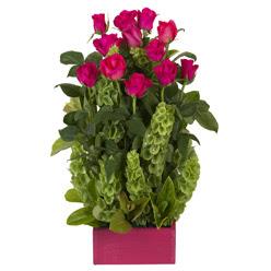 12 adet kirmizi gül aranjmani  Erzincan çiçekçiler