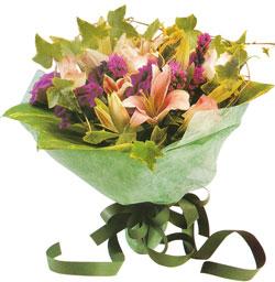 karisik mevsim buketi anneler günü ve sevilenlere  Erzincan yurtiçi ve yurtdışı çiçek siparişi