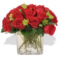 Erzincan çiçek online çiçek siparişi  10 adet kirmizi gül ve cam yada mika vazo