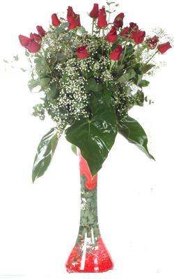 Erzincan çiçek , çiçekçi , çiçekçilik  19 ADET GÜL VE FIL CAM AYAGI