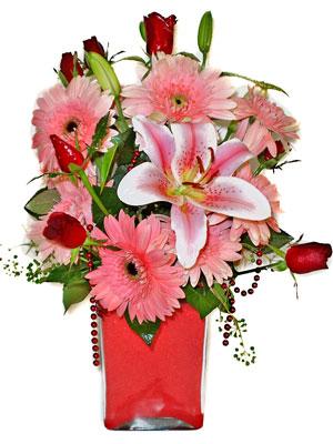 Erzincan çiçekçi telefonları  karisik cam yada mika vazoda mevsim çiçekleri mevsim demeti