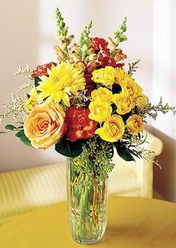Erzincan ucuz çiçek gönder  mika yada cam içerisinde karisik mevsim çiçekleri