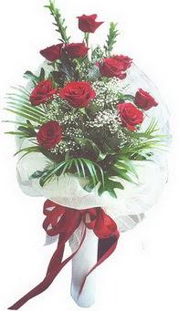 Erzincan güvenli kaliteli hızlı çiçek  10 adet kirmizi gülden buket tanzimi özel anlara