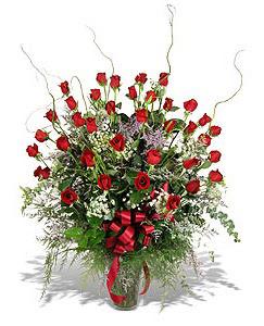 Erzincan online çiçekçi , çiçek siparişi  33 adet kirmizi gül vazo içerisinde