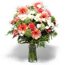 Erzincan İnternetten çiçek siparişi  cam yada mika vazo içerisinde karisik demet çiçegi