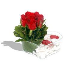 Mika kalp içerisinde 9 adet kirmizi gül  Erzincan internetten çiçek satışı