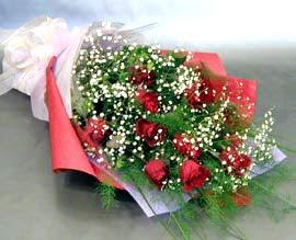 10 adet kirmizi gül çiçegi gönder  Erzincan hediye çiçek yolla