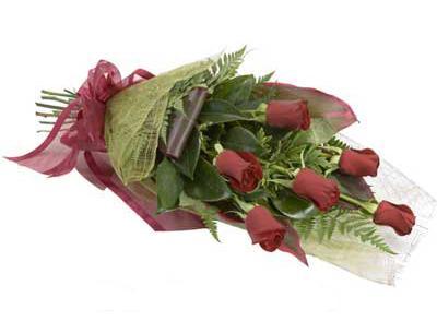 ucuz çiçek siparisi 6 adet kirmizi gül buket  Erzincan online çiçekçi , çiçek siparişi