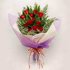 çiçekçi dükkanindan 11 adet gül buket  Erzincan yurtiçi ve yurtdışı çiçek siparişi