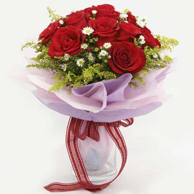 Çiçek gönderme estetikliginiz 11 gül buket  Erzincan yurtiçi ve yurtdışı çiçek siparişi