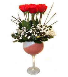 Erzincan İnternetten çiçek siparişi  cam kadeh içinde 7 adet kirmizi gül çiçek