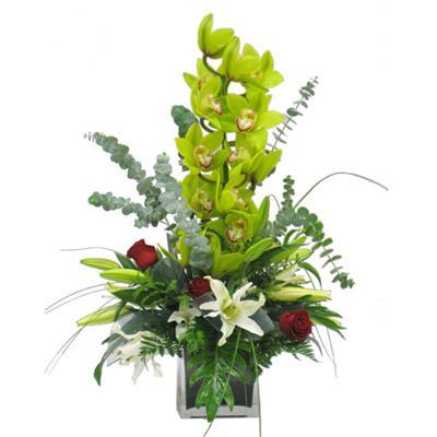 Dal Orkide ve kir çiçekleri vazosu