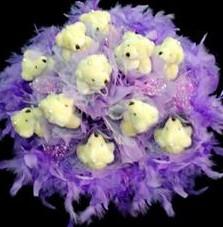 11 adet pelus ayicik buketi  Erzincan çiçek mağazası , çiçekçi adresleri