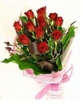 11 adet essiz kalitede kirmizi gül  Erzincan hediye çiçek yolla
