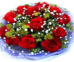 9 adet kirmizi güllerden buket  Erzincan çiçek online çiçek siparişi