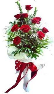 Erzincan kaliteli taze ve ucuz çiçekler  10 adet kirmizi gül buketi demeti