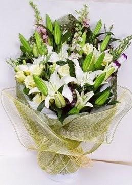 Erzincan internetten çiçek satışı  3 adet kazablankalardan görsel buket çiçeği