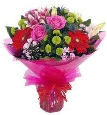 Karışık mevsim çiçekleri demeti  Erzincan çiçek gönderme