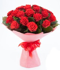 15 adet kırmızı gülden buket tanzimi  Erzincan online çiçekçi , çiçek siparişi