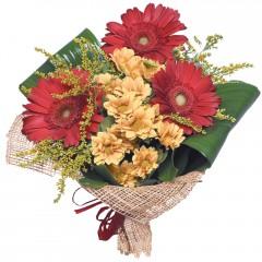 karışık mevsim buketi  Erzincan yurtiçi ve yurtdışı çiçek siparişi
