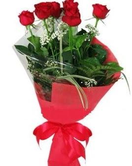 5 adet kırmızı gülden buket  Erzincan internetten çiçek siparişi