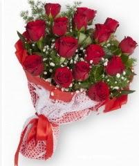 11 adet kırmızı gül buketi  Erzincan çiçek satışı