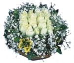 Erzincan İnternetten çiçek siparişi  Beyaz harika bir gül sepeti