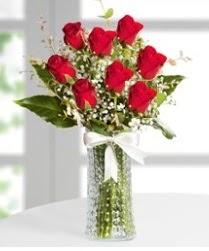 7 Adet vazoda kırmızı gül sevgiliye özel  Erzincan online çiçekçi , çiçek siparişi