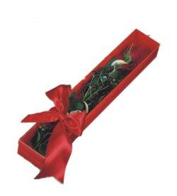 Erzincan çiçek siparişi sitesi  tek kutu gül sade ve sik