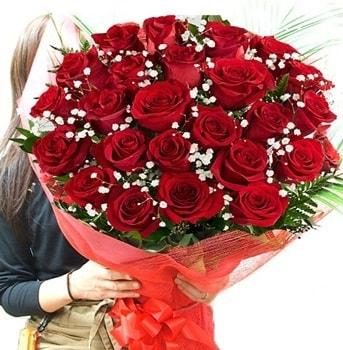 Kız isteme çiçeği buketi 33 adet kırmızı gül  Erzincan 14 şubat sevgililer günü çiçek