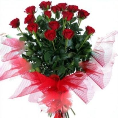 15 adet kırmızı gül buketi  Erzincan çiçekçi telefonları
