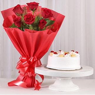 6 Kırmızı gül ve 4 kişilik yaş pasta  Erzincan çiçek mağazası , çiçekçi adresleri